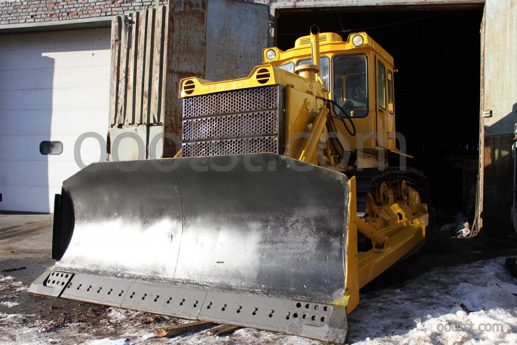 трактор т-170 с отвалом, лопатой